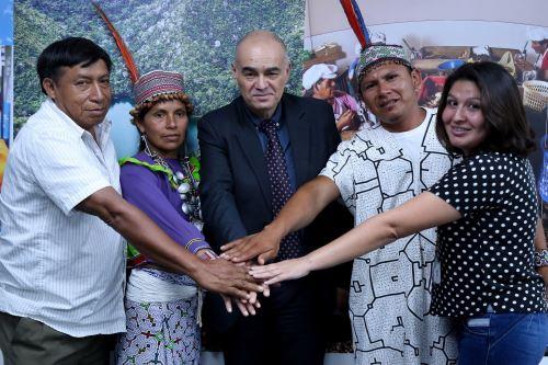 comunidades indígenas de la Amazonia