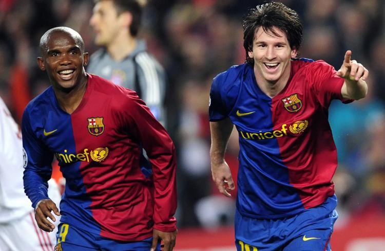 Eto'o fue uno de los mentores de Leo cuando debutó en el Barça