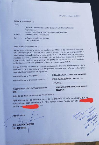 Richard Arce oficializando su plancha presidencial para las internas