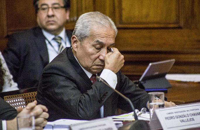 """Fiscalía ratificó denuncia en contra de Pedro Chávarry por """"deslacrado  ilegal"""" - Caretas Política"""