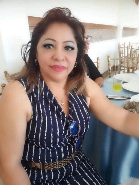 La imagen tiene un atributo ALT vacío; su nombre de archivo es Mónica-Vásquez-450x600.jpeg