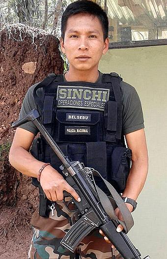 Suboficial de tercera PNP Elmer Soto Mozombite caído en acción fue ascendido pó