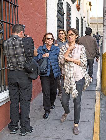 Patricia Llosa y Roxana Valdivieso