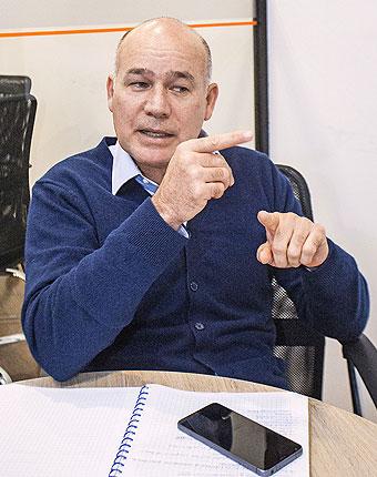 Delgado de RPP dijo que Chlimper le pidió la plata tras la derrota