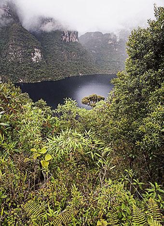 Laguna de los Cóndores, donde en 1997 se hallaron más de doscientas momias
